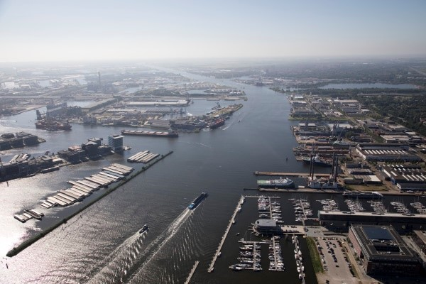H2Gate: towards transhipment of 1 million tons of green hydrogen in the Amsterdam port